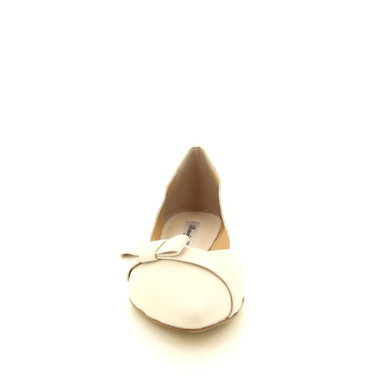 Benoite c damesschoenen ballerina ecru 90326